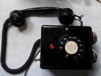 Telefon starego typu